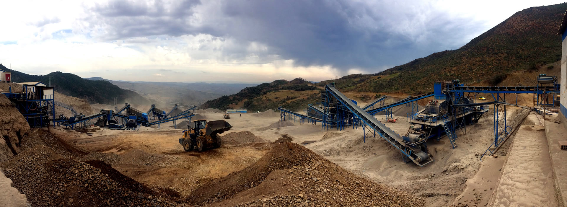 Mining quarry and equipment in the daytime | A&R Engineering
